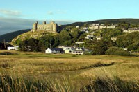 clubhouse below Harlech Castle