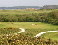 Short 17th, Caldy Island behind