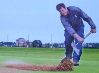 Gordon moir, st andrews golf, spreading sand